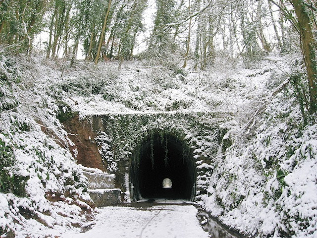 Shute Shelve Tunnel entrance in snow